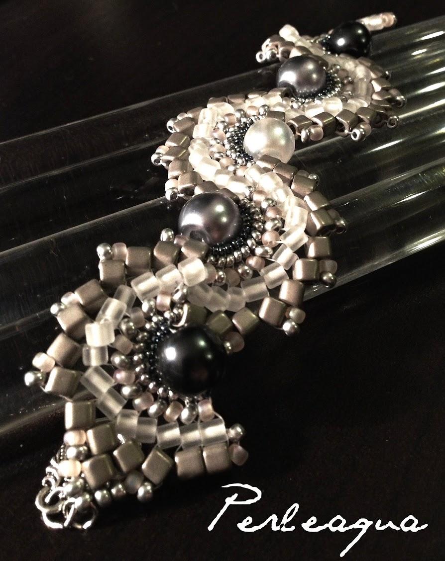 Nouveau bracelet Dance Dragon gris