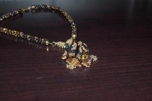 Collier d'automne avec le trillium