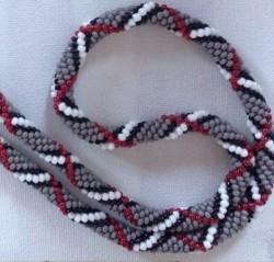 Collier Burberry au crochet