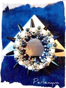 "Pendentif ""roue"" (pinwheel pendant)"
