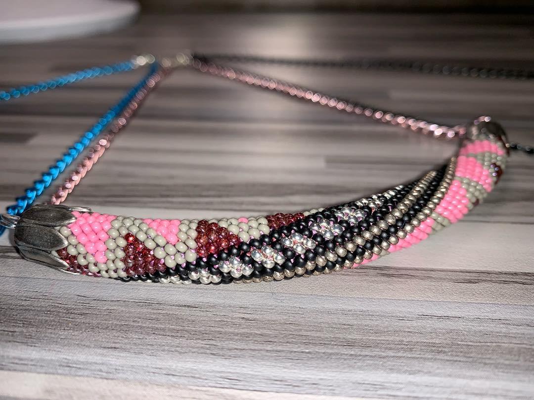 Colliers en spirales crochetées